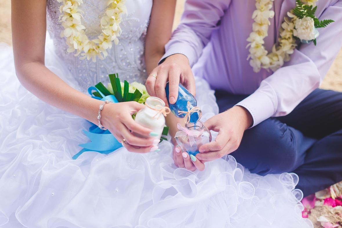 wedding-2448396_1920
